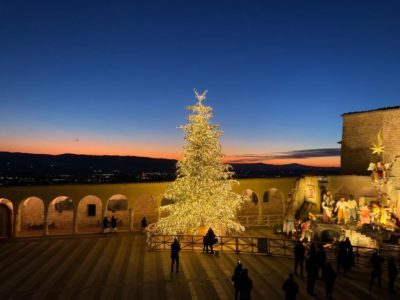 December in Tuscany and Umbria - a photo of Assisi in December